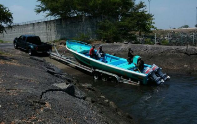 Los ecuatorianos y la droga fueron llevados a una base naval del Ejército.