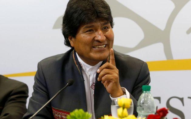 """Evo Morales afirmó que la decisión de Washington representa el triunfo de la política de paz y """"solidaridad"""" de los líderes cubanos Fidel y Raúl Castro. Foto: Archivo / REUTERS."""
