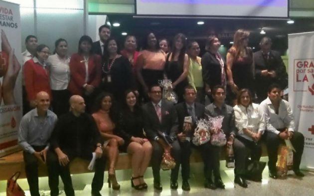 La Cruz Roja del Guayas homenajeó a donadores y empresas que aportaron en las campañas de captación de sangre.