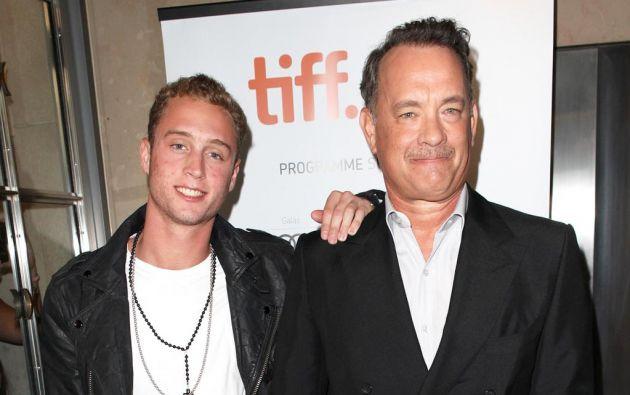 Chester y Tom Hanks.