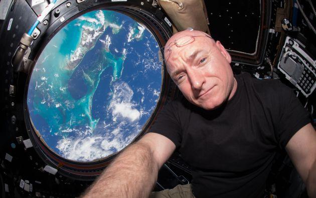 Kelly ya ha pasado más de la mitad del año que estará en la ISS para un experimento encaminado a estudiar los efectos a largo plazo de un vuelo espacial en el cuerpo y en la mente. Foto: Wikipedia.