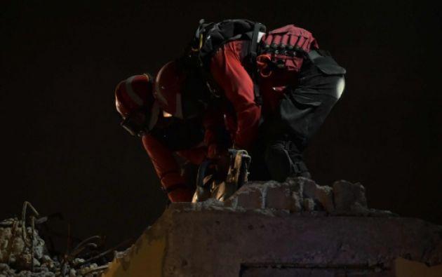 Las labores de rescate se mantienen en el cantón Pedernales. Foto: Agencia AFP