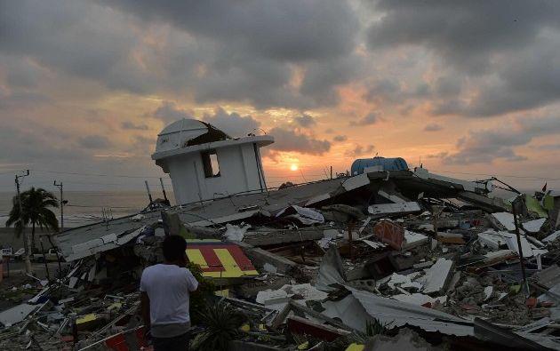 Se trata de una visión muy íntima, más personal y más pausada del desastre natural que golpeó a Ecuador.