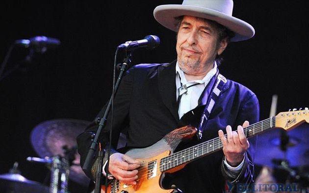 El cantante y compositor estadounidense recibió el esperado galardón, cuyo anuncio había sido demorado una semana. Foto: Archivo