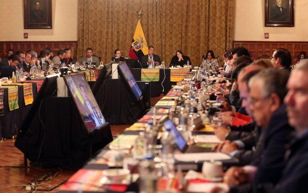 Sandra Narajo participó como vicepresidenta de la República (e) en primera sesión del año. Foto: Twitter Presidencia.