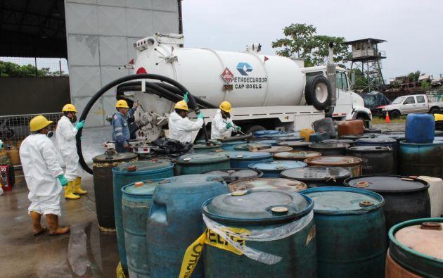 Según la Contraloría, Petroecuador firmó dichos contratos sin que existan informes técnicos que los sustenten. Foto: Archivo.
