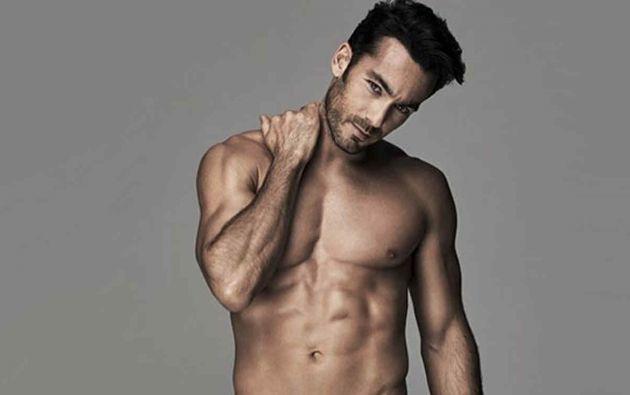 Aarón Díaz publicó una foto sensual en su Twitter.