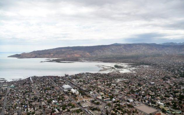 HAITÍ.- Otros incidentes fueron registrados en la zona donde el bus cometió el atropello, pero la situación regresó a la calma. Foto: AFP