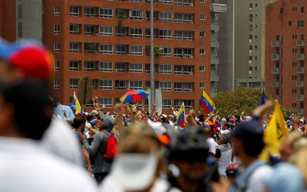 Las manifestaciones opositoras fueron dispersadas con gases y balas de goma. Foto: Reuters.