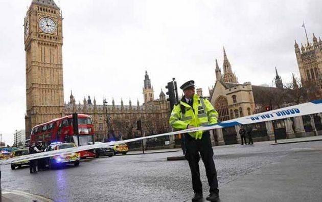 La policía británica procede a arrestos casi cotidianos.  Foto: Internet