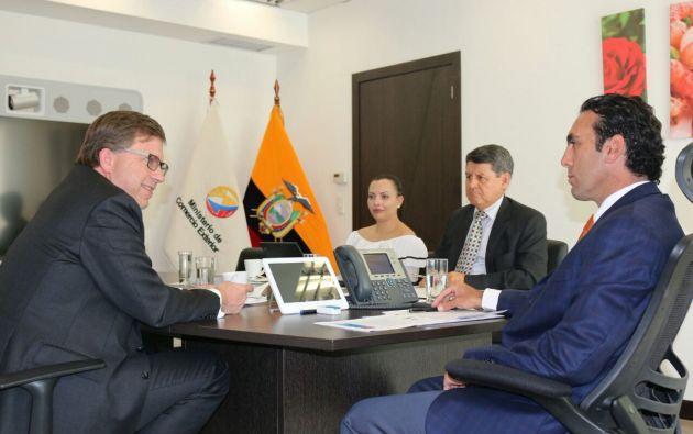 Ministro Campana Se Reuni Con Embajador De Ee Uu En Quito Vistazo