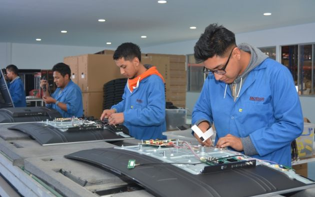 Motsur cuenta con una superficie de 3.000 m2 y su capacidad de producción es de 700 televisores diarios. Tiene un equipo de 100 trabajadores. Foto: Vistazo