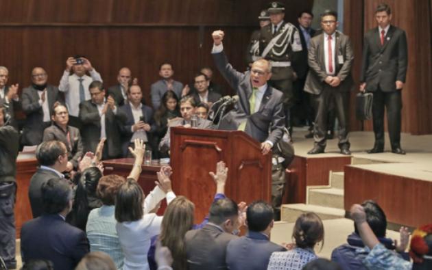 Jorge Glas, leal a Correa, ocupó varios cargos en el Gobierno desde 2007, pero en 2013 adquirió mayor protagonismo al ocupar la Vicepresidencia. Foto: Visazo