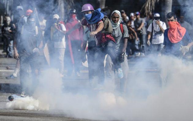 En otro incidente, el candidato a la Constituyente José Luis Rivas murió tras recibir varios disparos en un acto de campaña en la ciudad de Maracay. Foto: AFP