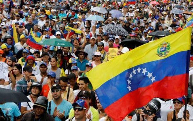 """""""Estamos listos para que a las 7:00 del domingo comience este proceso histórico"""", informó el dirigente opositor Carlos Ocariz. Foto: Archivo"""