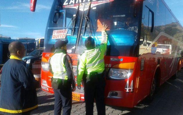 QUITO, Ecuador.- Personal de la Agencia Municipal de Tránsito reforzarán los controles que se realizan a las unidades del transporte. Foto: Prensa Quito.