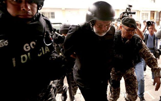 El fiscal general Carlos Baca Mancheno indicó que aún no se concreta lo solicitado por Pareja Yannuzzelli. Foto: AFP