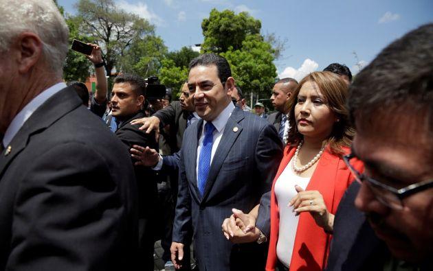 """""""Hace dos días, en este recinto se tomó una decisión trascendental para garantizar la gobernabilidad del Estado de Guatemala"""", dijo Morales. Foto: Reuters"""