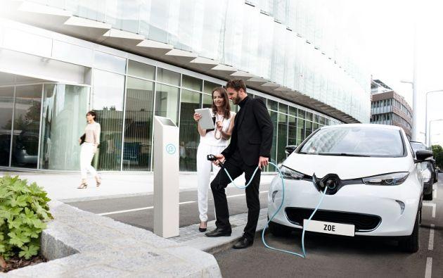 Para la introducción de los nuevos modelos, entre ellos el Renault Zoe, los representantes de Renault Ecuador dicen que que será necesario el apoyo del sector público para contar con electrolineras (de 220 y 440 voltios). Foto: cortesía Renault