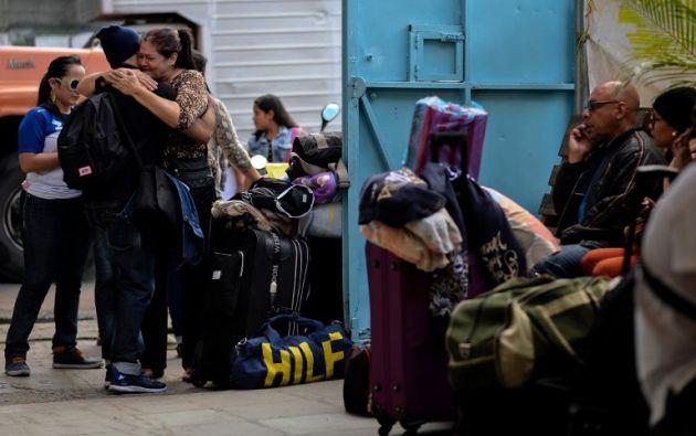 Tomás Páez, sociólogo experto en emigración, asegura a la AFP que entre 400.000 y 500.000 venezolanos han abandonado el país en los dos últimos años. Foto: AFP