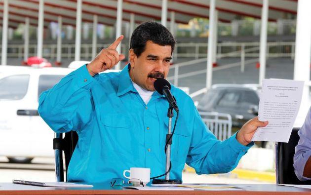 """""""Le digo a (...) los tenedores de la deuda venezolana:tengo moral para convocarlos el 13 de noviembre a Caracas e iniciemos un proceso de refinanciamiento"""", dijo Maduro. Foto: Reuters"""