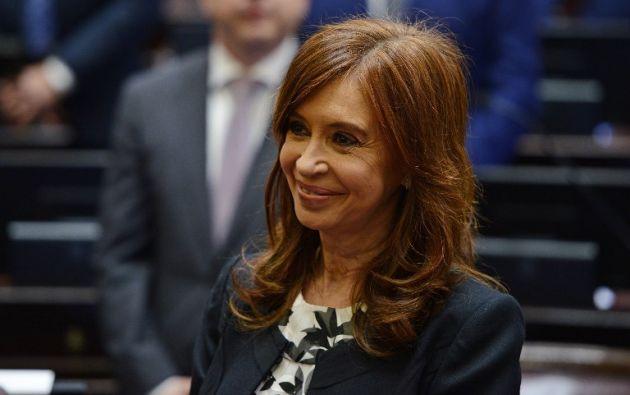 La exmandataria, implicada en múltiples causas judiciales, la mayoría por corrupción, obtuvo un escaño de senadora en los comicios legislativos del 22 de octubre. Foto: AFP