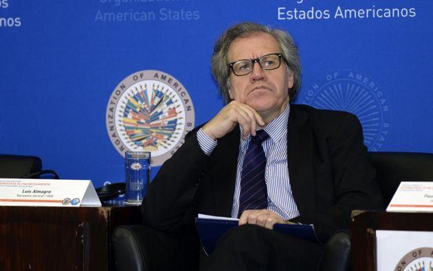 El secretario general de la OEA, Luis Almagro, dijo que analizará en un informe técnico jurídico la situación institucional de Ecuador. Foto: AFP