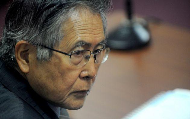 Fujimori, de 79 años, se encuentra actualmente en una clínica de Lima, donde este domingo recibió la noticia del indulto acompañado de sus hijos. Foto: AFP