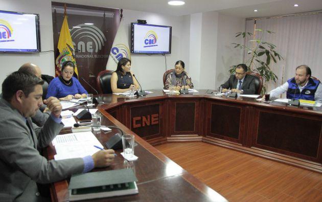 El organismo electoral aprobó un valor de casi $ 4 millones para la promoción electoral. Foto: Twitter CNE.