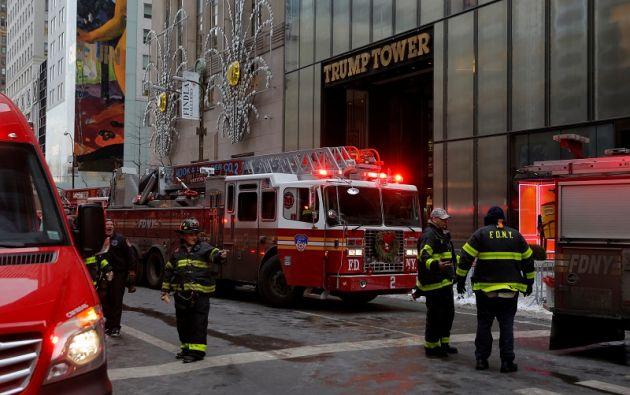 Los bomberos recibieron una llamada de incendio a las 7 de la mañana hora local. Foto: Reuters