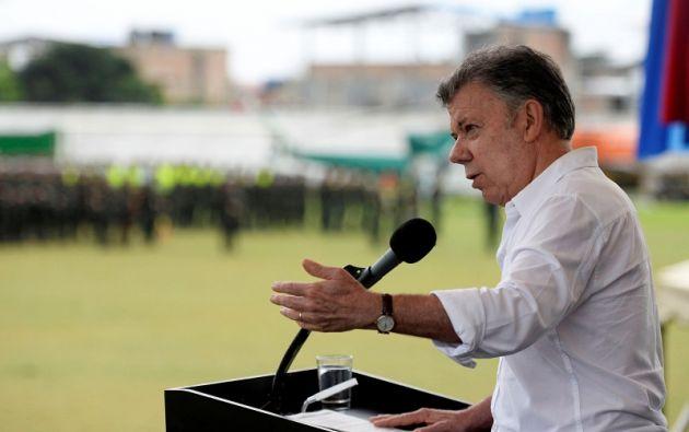 """Santos dijo que le """"duele"""" tener que tomar una decisión de ese tipo sobre los diálogos. Foto: Reuters"""