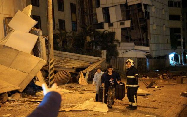 Este sismo tuvo lugar después de que se registrara en los últimos tres días casi un centenar de pequeños temblores en la zona. Foto: AFP