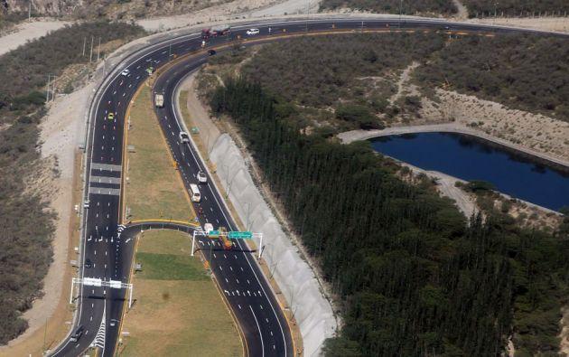 Organismo halló aumento injustificado de precios en construcción de ruta Collas en Quito. Foto: Archivo Flickr Presidencia