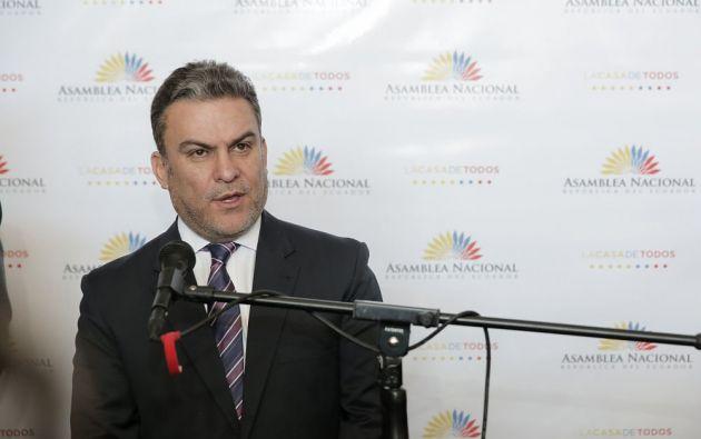 En el Pleno se ha discutido sobre la salida legal para una eventual cesación de Serrano como presidente de la Asamblea. Foto: archivo