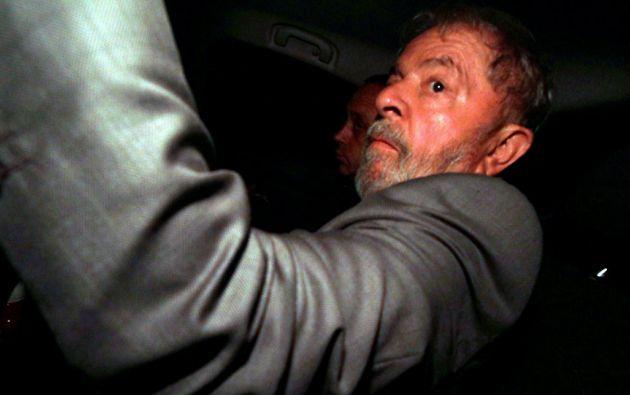 Lula da Silva pasa su primera noche en prisión. Foto: REUTERS/ Paulo Whitaker