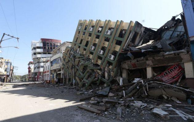 Un potente sismo que causó severos daños, dejó más de 670 fallecidos, miles de afectados y millonarias pérdidas materiales. Foto: archivo AFP
