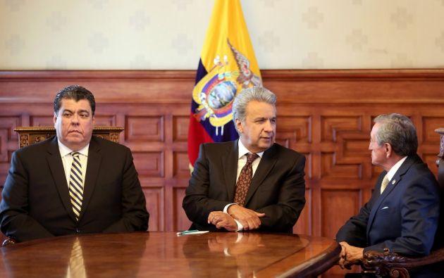 Ambos responsables del área de la seguridad asumen sus cargos en momentos de gran inseguridad en la región fronteriza con Colombia. Foto: Presidencia