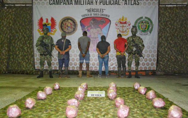 Autoridades hallaron 40 kilogramos de pasta base de coca. Foto: Fuerzas Militares de Colombia