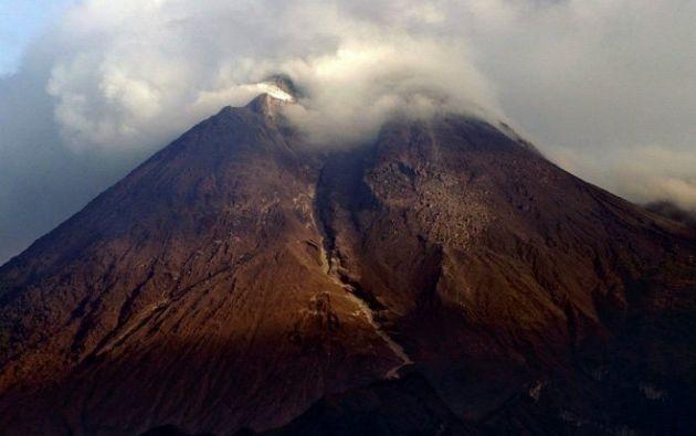 Se reportó caídas de ceniza volcánica en los sectores de Papallacta, San Antonio de Pichincha, Tabacundo, Cayambe, Puellaro y Puembo. Foto: Referencial