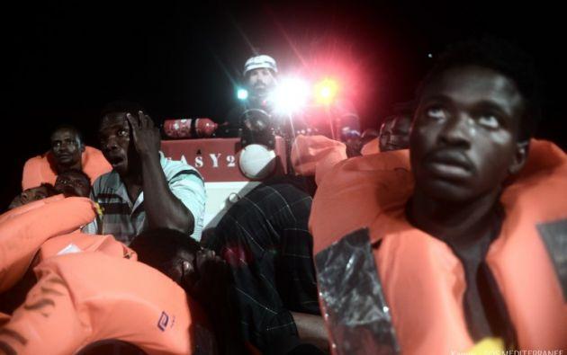 El barco va a la deriva por el Mediterráneo. Foto: AFP
