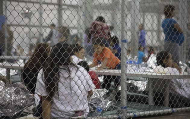 2.342 niños y jóvenes migrantes han sido separados de sus familias entre el 5 de mayo el 9 de junio en la frontera sur. Foto: AFP