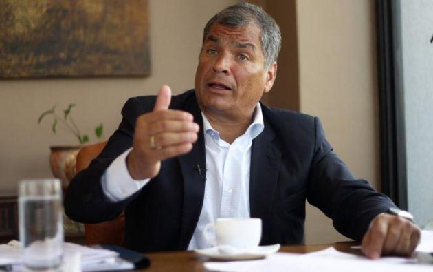 El próximo lunes 2 de julio iniciará el plazo para que Correa acuda a un juzgado dos veces al mes. Foto: Reuters