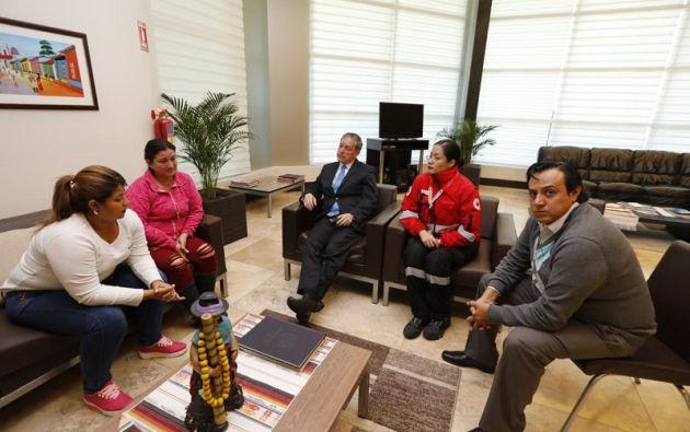 En Guayaquil, familiares de la Velasco guardan la esperanza de que los cuerpos hallados en Colombia no pertenezcan a la pareja. Foto archivo