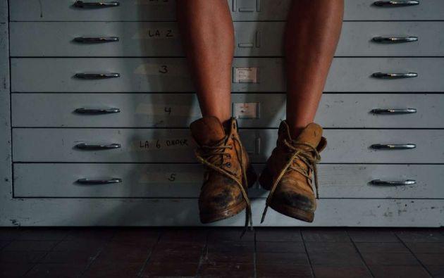 Las personas con síndrome de Willis-Ekbom suelen tener dolor, picores, entumecimiento, hormigueo, tensión o malestar en las piernas. Foto: Pixabay