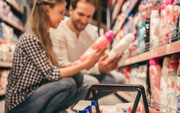 Cuando se trata de la compra de productos de aseo del hogar, los principales responsables son las mujeres (43%).