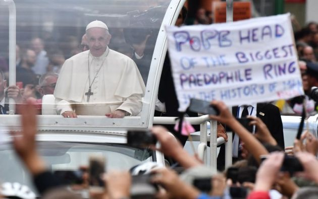 Desde 2002, más de 14.500 personas se han declarado víctimas de abusos sexuales cometidos por sacerdotes en Irlanda. Foto: AFP