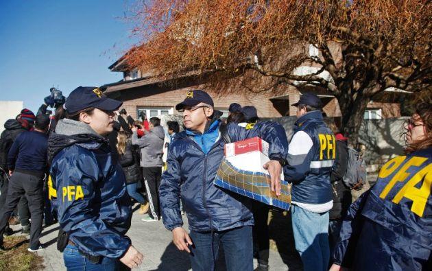 Otros dos allanamientos se realizaron esta semana al apartamento de Kirchner en Buenos Aires y a la casa familiar en Río Gallegos (Patagonia). Foto: AFP