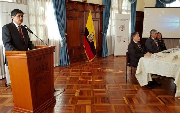 El evento se realiza en el salón de los Próceres, a cargo del canciller, José Valencia. Foto: Twitter