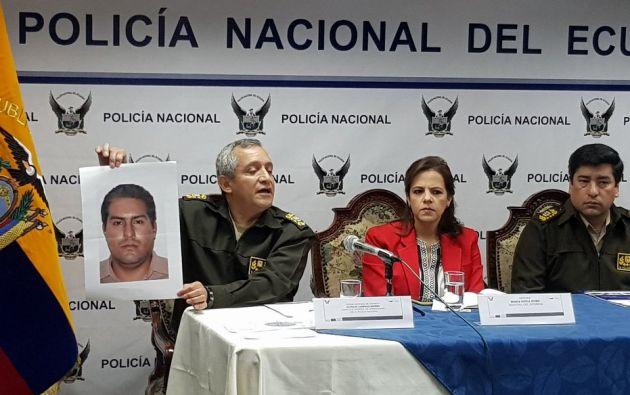 """""""Este ciudadano tiene ya una boleta de captura pendiente. Su nombre ese Cristian Reinaldo"""", dijo Carrillo. Foto: Twitter @PoliciaEcuador"""