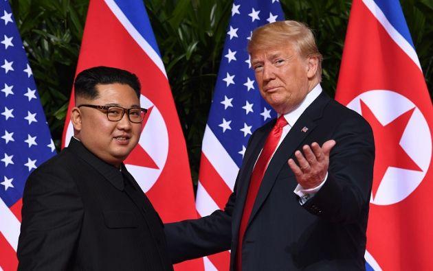 Donald Trump y Kim Jong Un en una cumbre en Singapur. Foto: AFP